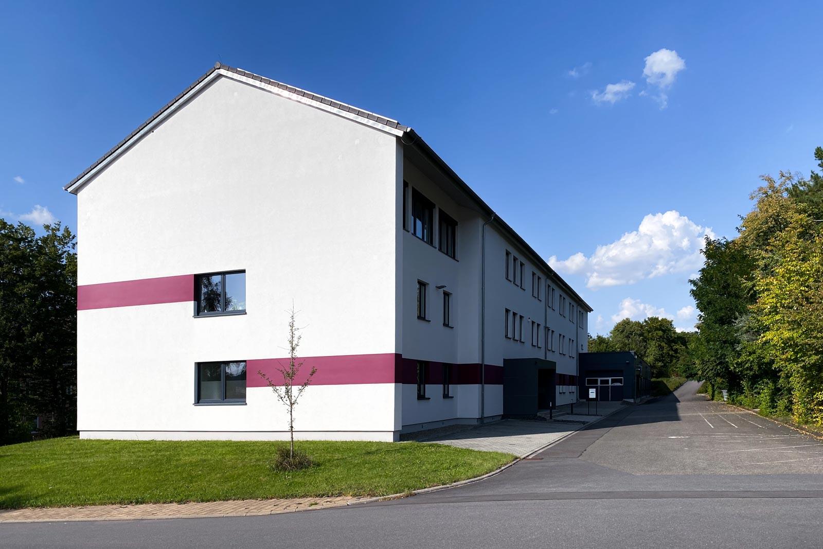 Bürogebäude mit Produktionshalle Fa. Di-modell